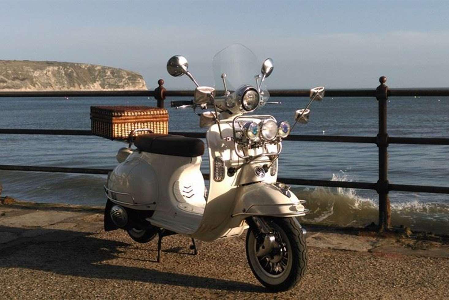 AJS Modena 125 | AJS Scooters | New Bikes | MPH Moto